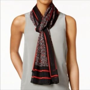 Michael Kors scarf 🧣